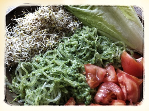 Avocado Pesto Pasta Wraps