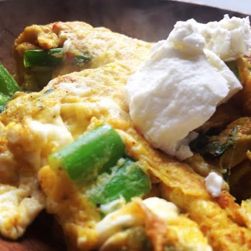 Scrambled Eggs with Herbs and Curry